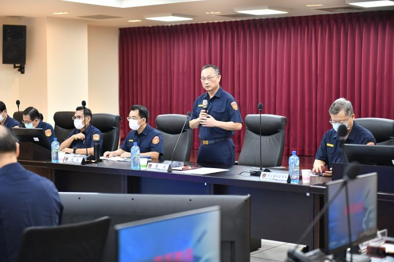 警政署長赴臺中市警局表揚有功人員 指示對暴力強勢執法