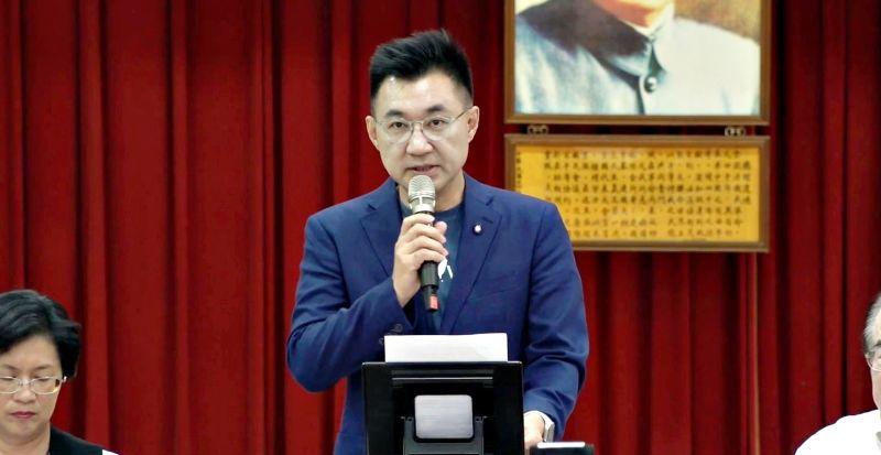 國民黨主席江啟臣22日在彰化行動中常會上宣布國民黨全面思考修憲。(圖/國民黨提供)