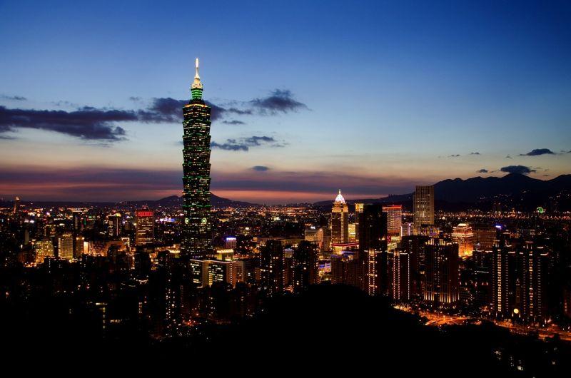 ▲有網友在 PTT 八卦版掀起有關台灣的優缺點討論串,不禁好奇詢問「台灣有哪一點像先進國家的啊?」許多民眾一致喊出台灣的「 2 大優勢」,直呼「直接完勝歐洲!」(示意圖/翻攝自 Pixabay )