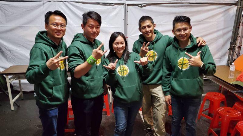 ▲民進黨於第10屆的立委選舉徵召年輕人投入艱困選區,並以「Team