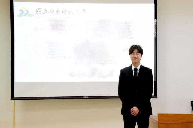 ▲我國桌球好手江宏傑今日分享碩班畢業照。(圖/取自江宏傑粉絲專頁)