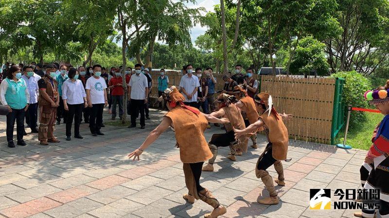 ▲鄒族舞蹈歡迎蔡英文總統。(圖/記者陳惲朋攝)