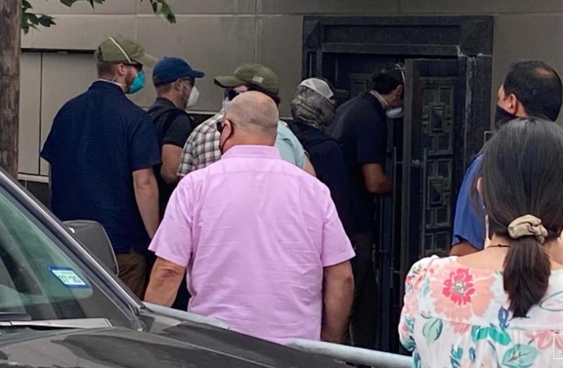 被迫關閉牌匾、國旗皆撤下 傳美方破門進入中駐休士頓館