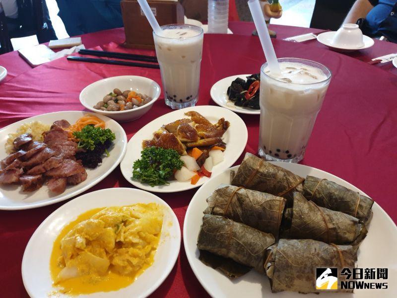 ▲香蕉新樂園新台菜為主流,許多台灣古早味在這裡都吃得到。(圖/金武鳳攝,2020.7.25)