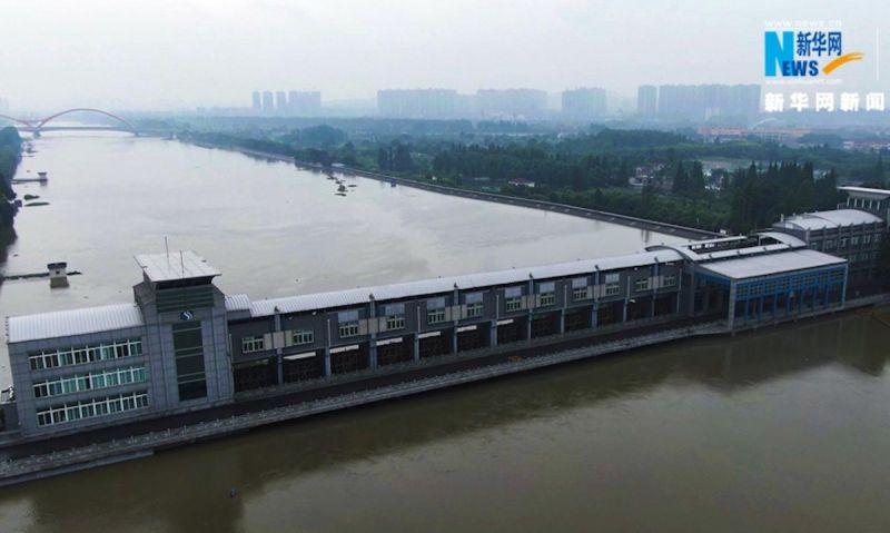 長江「第3號洪水」將至 下游防洪壩被挖空開餐廳、酒吧