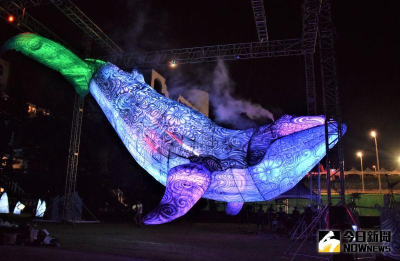 ▲澎湖國際燈光節今年即將邁入第3年,這項活動這幾年逐漸成為澎湖秋冬觀光推展的一大賣點。(圖/記者張塵攝)