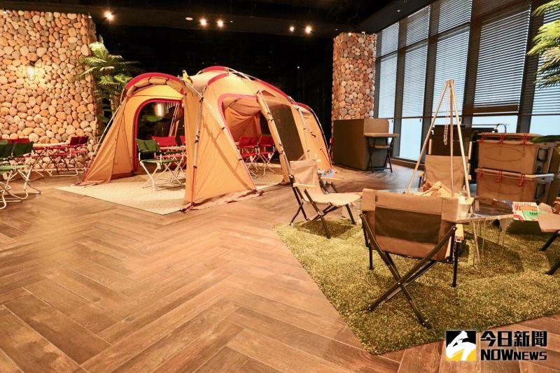 ▲自助餐廳打造全台唯一露營野餐區。(圖/記者陳致宇攝)