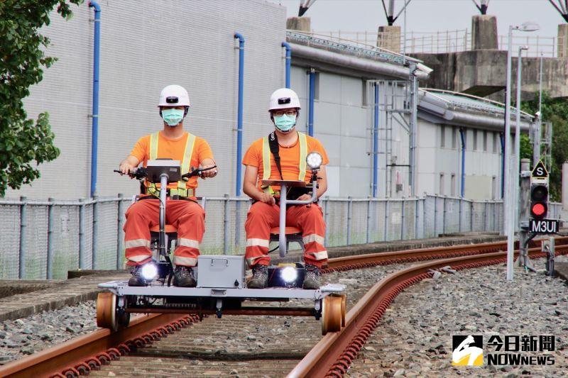 效率增3倍!高鐵巡檢車100%台灣製造 後年38輛全數到位