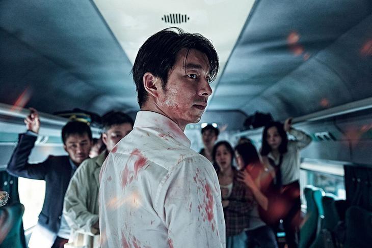 ▲▼李相玉(上圖)演出過《屍速列車》第一集。(圖/翻攝韓網、《屍速列車》劇照)
