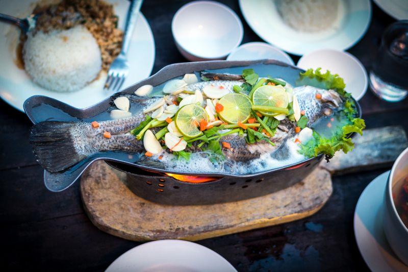 ▲現代人工作繁忙,因此天天外食,就有網友因為外食很難吃到魚而在PTT發問「吃外食如何吃到魚」。(示意圖/取自pixabay)