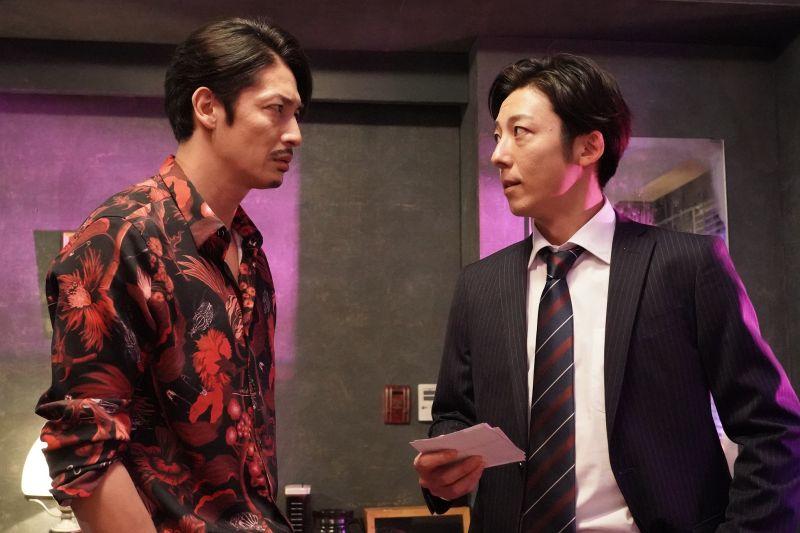 ▲▼劇中,玉木宏(左)和高橋一生聯手展開復仇計畫。(圖/friDay影音)