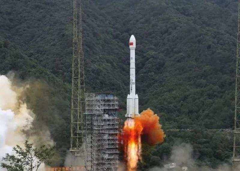 ▲ 2020 年 6 月 23 日,北斗三號系統最後 1 顆組網衛星,在西昌衛星發射中心發射。(圖/翻攝自香港 01 )