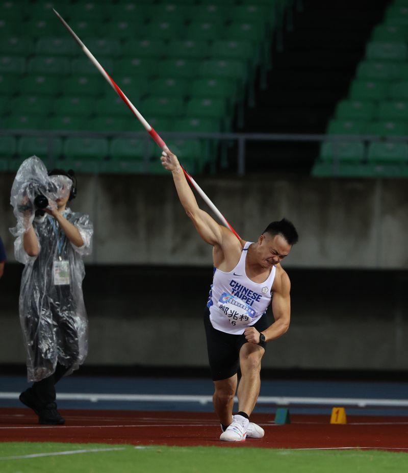 ▲2020東京奧運,我國奪金希望標槍「黃金右臂」鄭兆村,拳擊女將黃筱雯、空手道「小清新」文姿云明起陸續出賽。(圖/國訓中心提供)