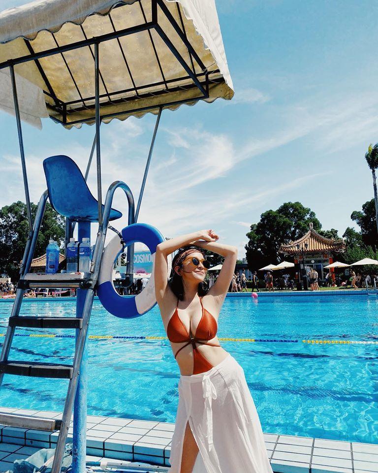 ▲凱莉泳裝美照多連發。(圖/凱莉臉書)