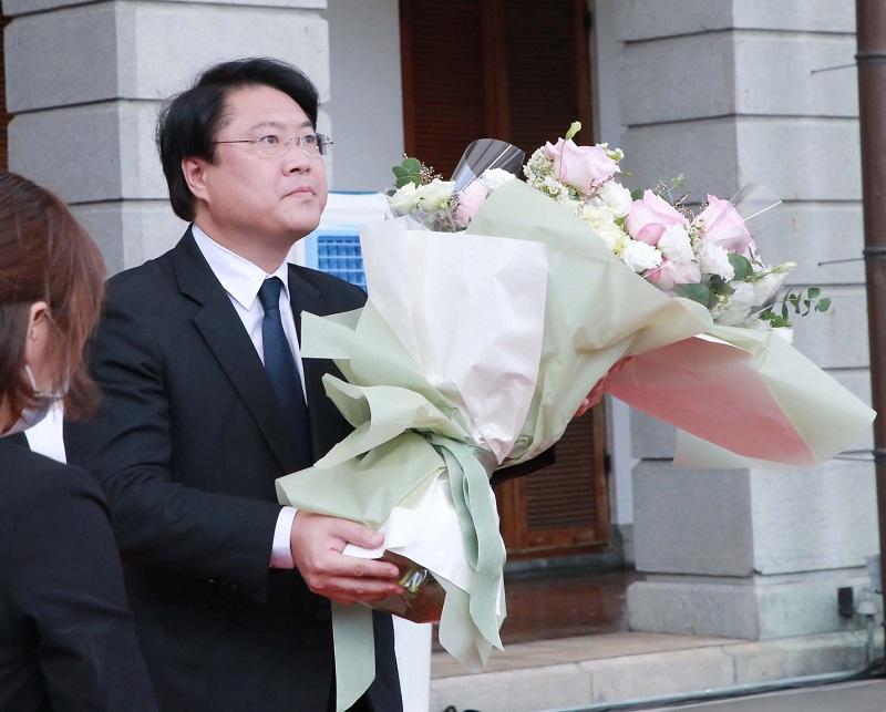台北賓館弔唁 林右昌感念李登輝對民主貢獻