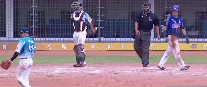 棒球/大專系際盃主審不雅手勢 <b>棒協</b>決定暫停職務