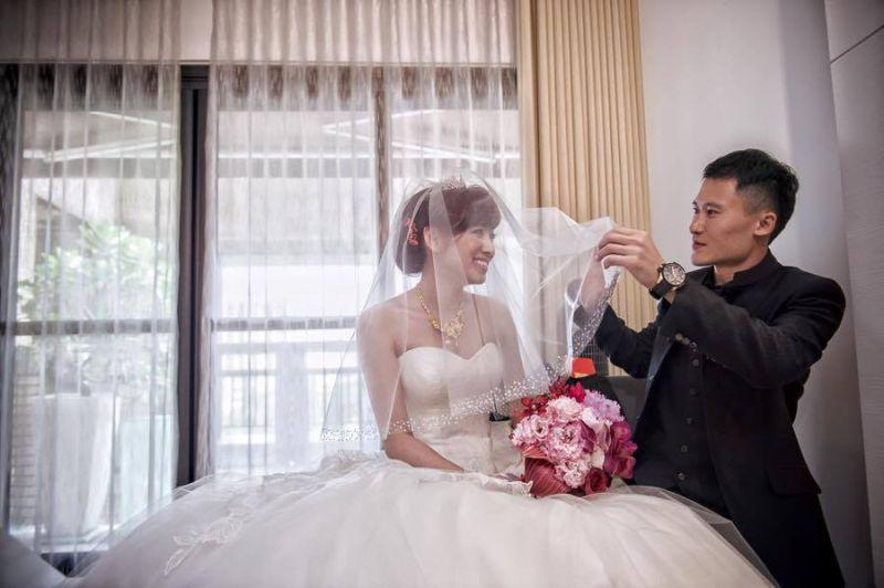 ▲謝銘杰苦追米可白成功,2人於2014結婚。(圖/米可白臉書)