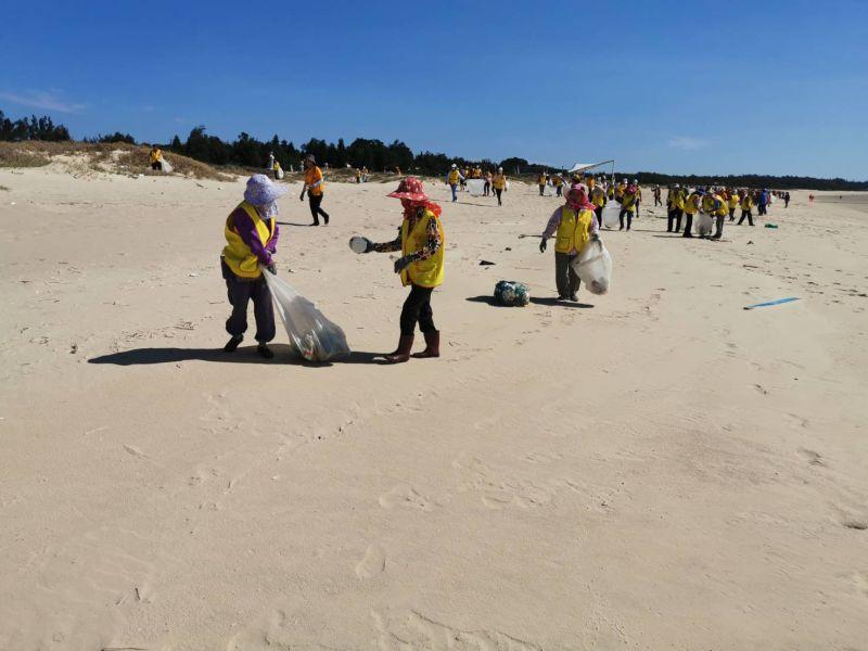 金寧鄉公所今舉辦淨灘活動