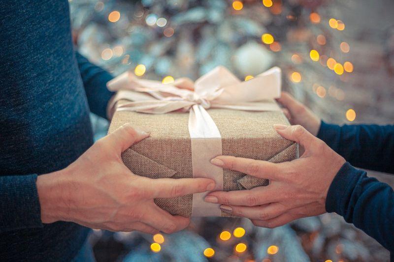 ▲交換禮物活動。(示意圖/翻攝Pixabay)