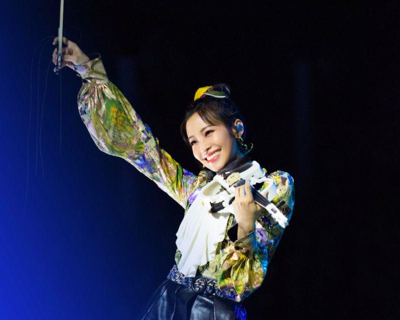 袁詠琳秀絕活遭《乘風破浪》淘汰 嘆:這不就是娛樂圈