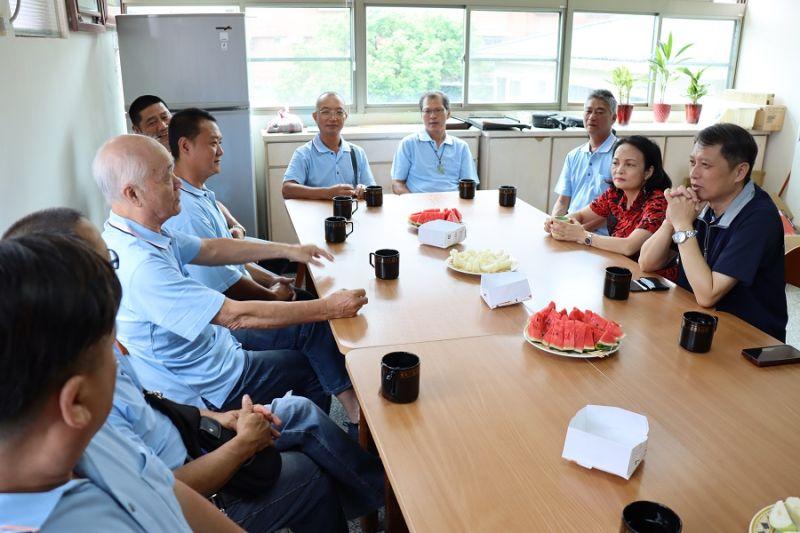 瑞芳原住民老屋「逢雨即漏水」!新北職業工會協助搶修