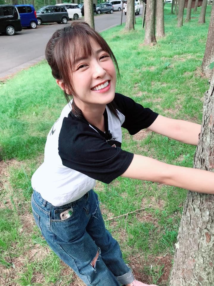 ▲甜美笑容依舊迷死人不償命。(圖/翻攝自批踢踢)