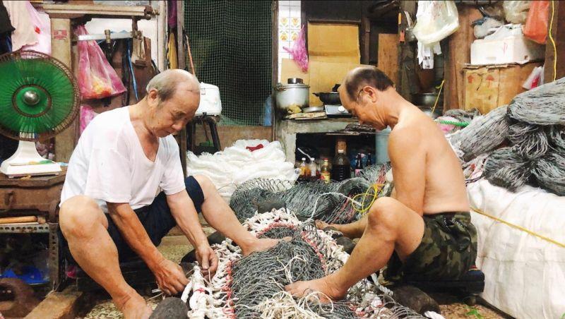 修補漁網的基隆職人 <b>文化總會</b>《匠人魂》體現各行業價值
