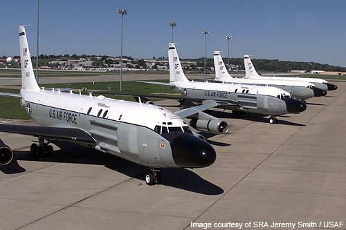 美中秀拳頭!中國宣布台海軍演 美軍機進駐嘉手納基地