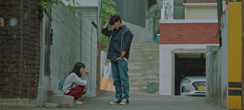 ▲吳大悟(右)就是荷妮的爸爸。(圖/Netflix)