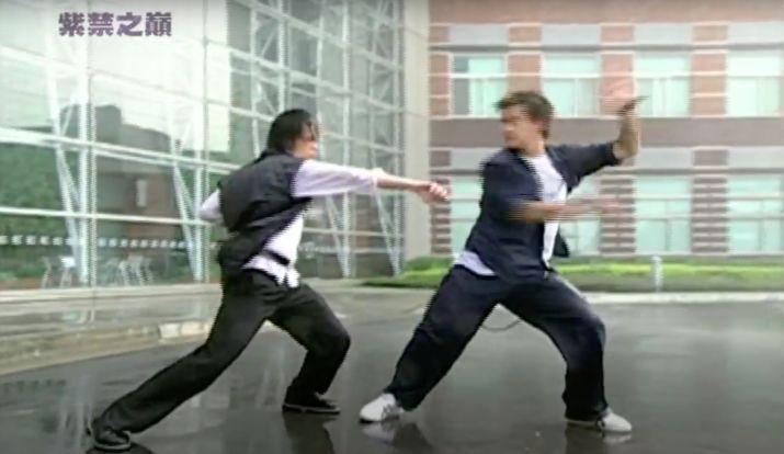 ▲《紫禁之巔》雨中尬舞片段。(圖/師傅YouTube)