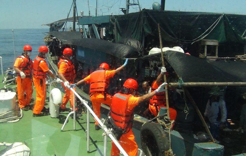 廣徵天才釣手!陸船越界偷釣「<b>鮖鮔</b>」破壞澎湖海洋遭逮