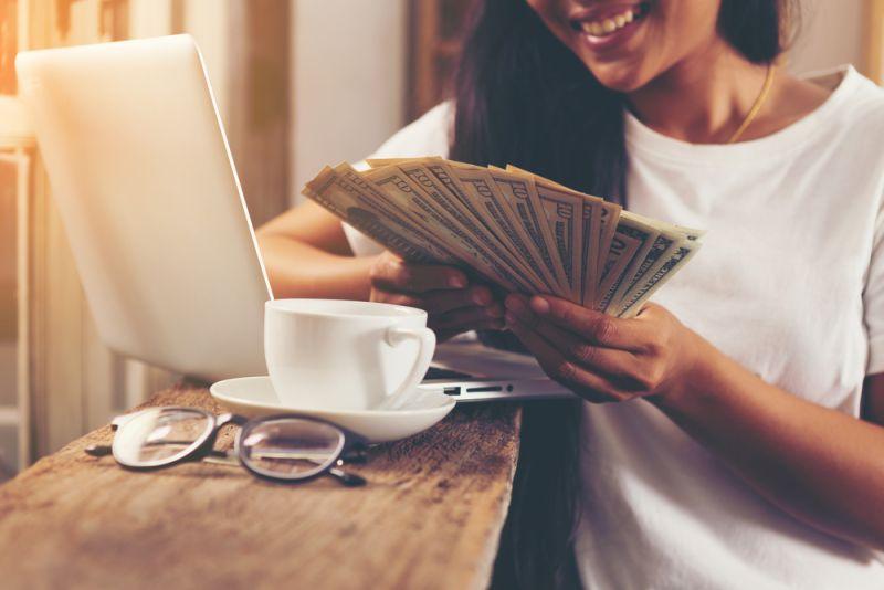 ▲三類生肖命格的人,在今年下半年極有可能工作運、事業運看漲,業績、收入逆天成長。(圖/shutterstock)