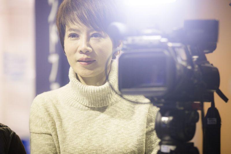<b>陳雅琳</b>臉書粉專一夕遭駭 頭像變成「莫名其妙的女人」