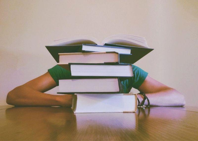 <b>大學</b>讀啥科系最浪費時間?眾指「一地雷」:不如去補習班