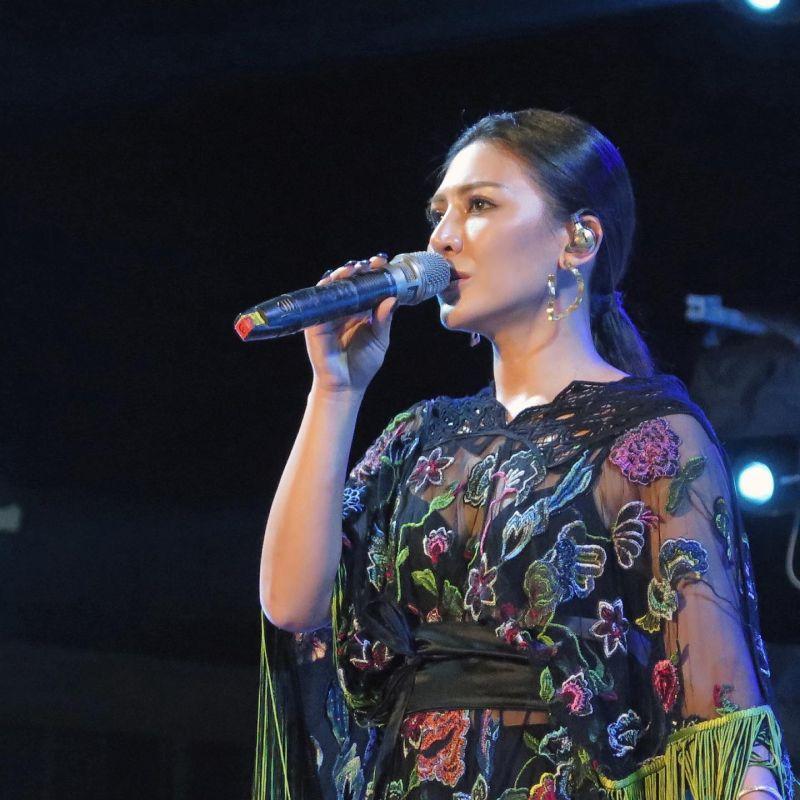 ▲艾怡良透露「2020大稻埕情人節」當天演出的歌單安排。(圖/翻攝艾怡良臉書)