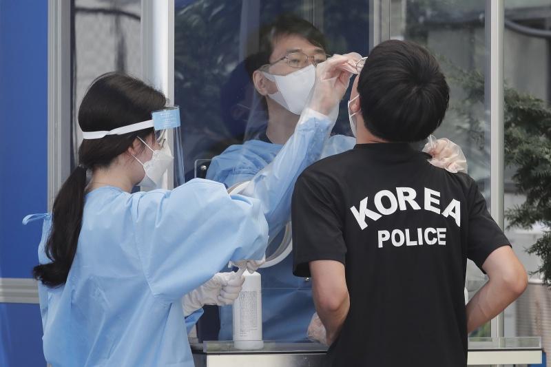 ▲南韓新冠疫情也不樂觀。(圖/美聯社/達志影像)