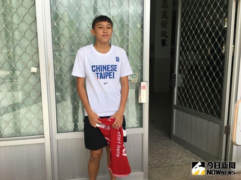 ▲年僅15歲被譽為「天才少女」、「流川楓」的張聿嵐今年入選U18中華隊。(圖/鍾東穎攝
