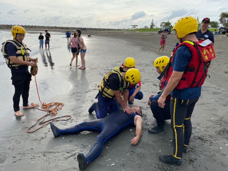 台南安平水域今年9人溺死 消防局加強宣導
