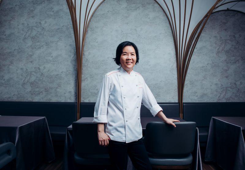 法式料理「鹽之華」摘星 黎俞君成台灣首位摘星女主廚