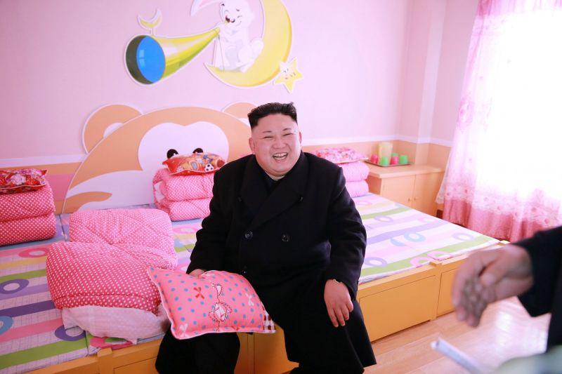 南韓前總統府官員稱金正恩陷昏迷 <b>金與正</b>掌大權