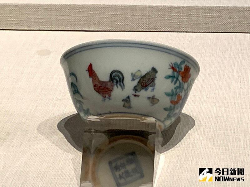 南院國寶解密/鬥彩雞缸杯 看明成化皇帝與萬貴妃情事