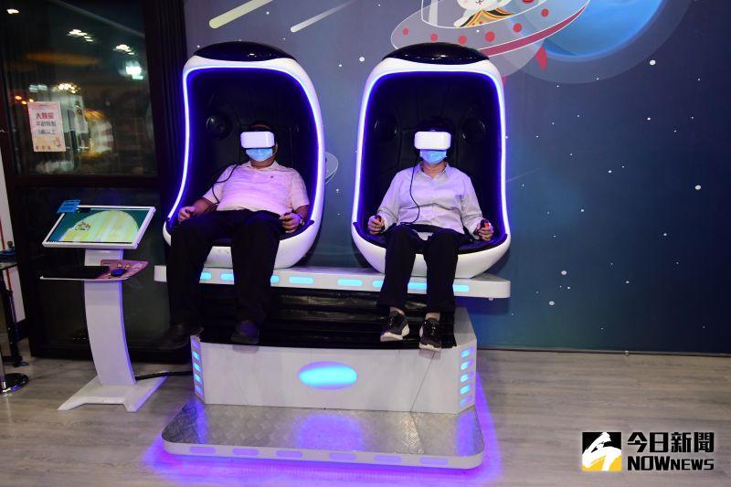 ▲AR及VR動感遊戲區等體驗,歡迎鄉親共襄盛舉前來參訪織夢樂園觀光工廠。(圖/記者陳雅芳攝,2020.08.26)
