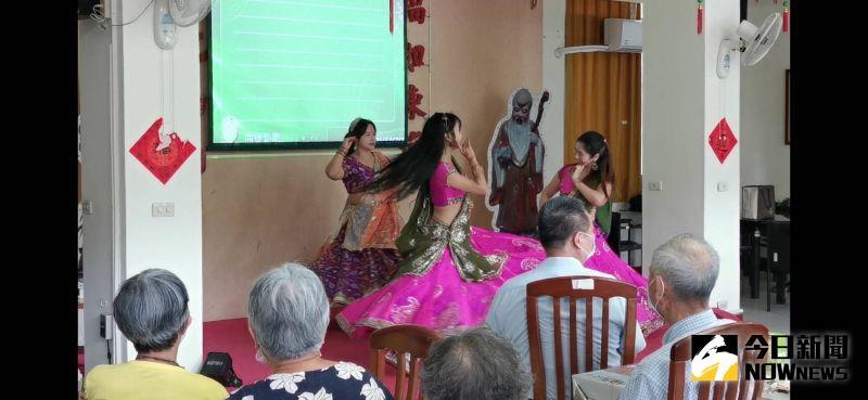 ▲慶生暨迎新會,邀請到「東方麗莎印度寶萊塢舞蹈工作室」Lisa老師團隊演出印度傳統舞蹈。(圖/記者陳雅芳攝,2020.08.26)
