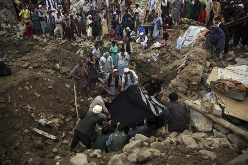 阿富汗首都北方城市暴洪肆虐 至少100死