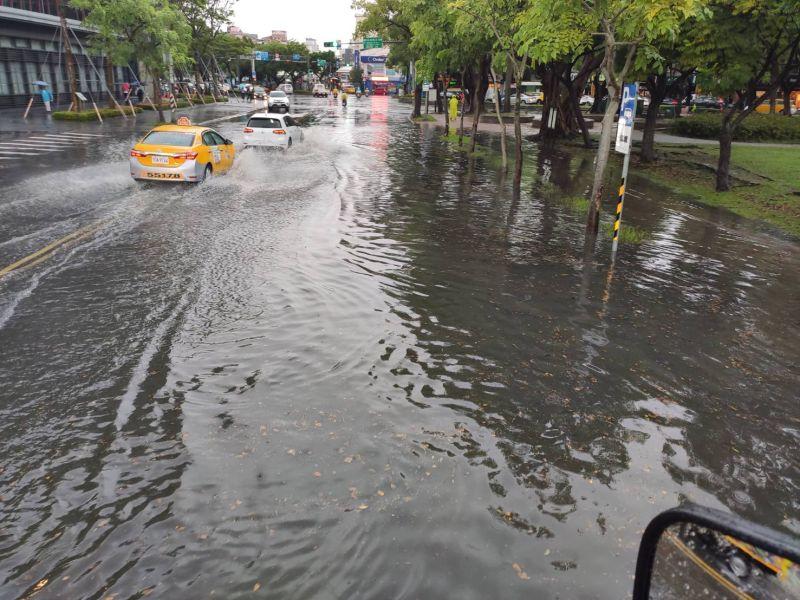 北北基宜南高屏發豪雨特報 <b>士林</b>中山宜蘭慎防淹水