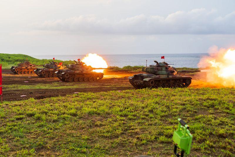 南海軍情緊張 澎防部臉書秀防區聯合打擊能力
