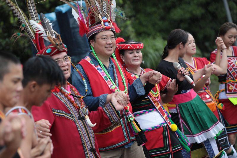 基隆聯合豐年祭登場 迎靈儀式、迎賓舞、大會舞熱鬧非凡