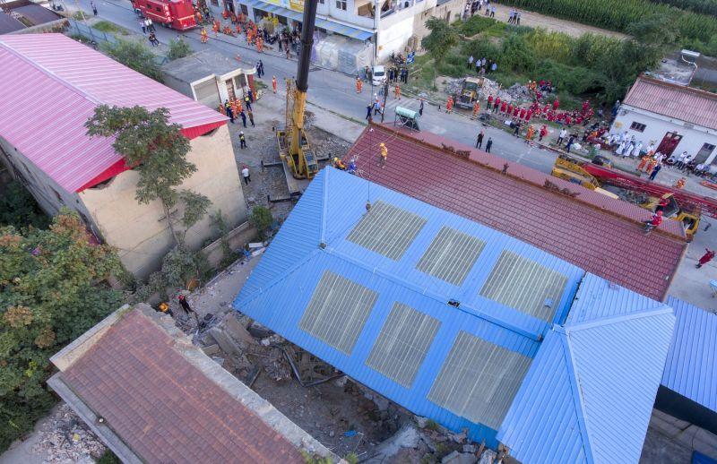 山西餐廳頂樓加蓋坍塌釀29死28傷 中國國務院宣佈查處
