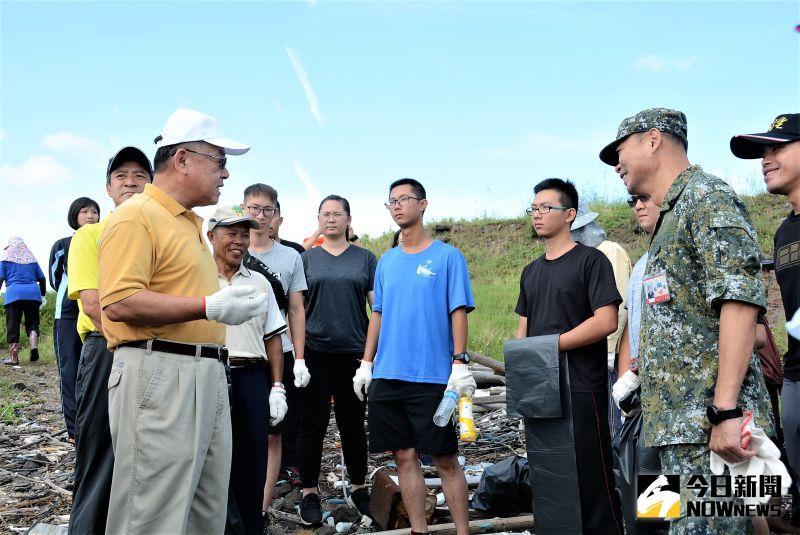 ▲賴峰偉表示,澎湖今年榮獲環保署「因應氣候變遷行動績效」非六都第一,也榮獲推動海洋教育成果特優佳績。。(圖/記者張塵攝,2020.08.31)