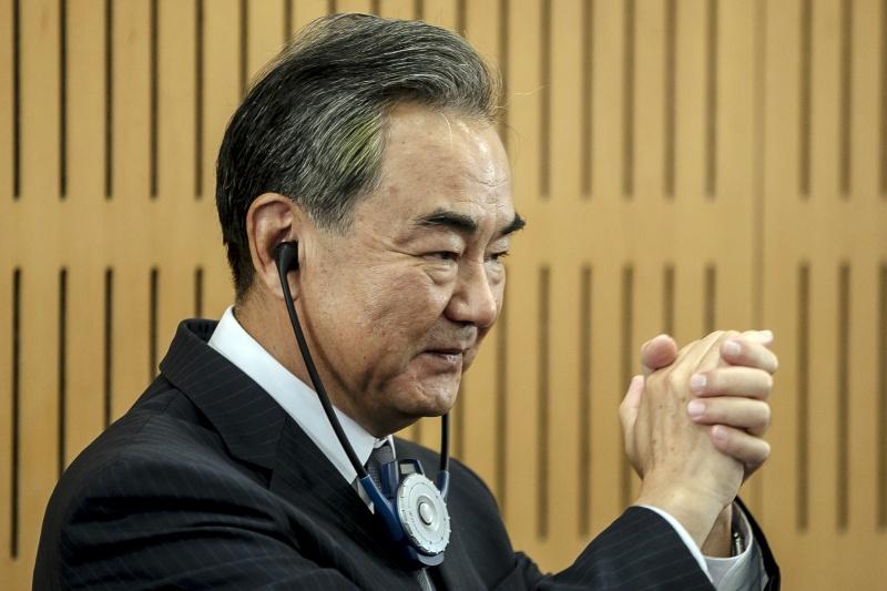 王毅走楊潔篪來!北京高層輪番到訪 歐洲成美中外交戰場